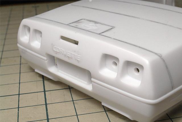 4240 加工前のテールランプ 640×430