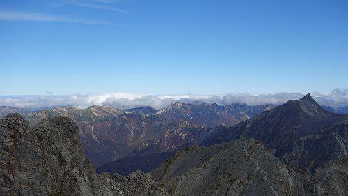 山頂からの景色と槍ヶ岳