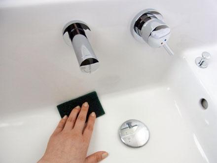 20140117洗面を磨く-2