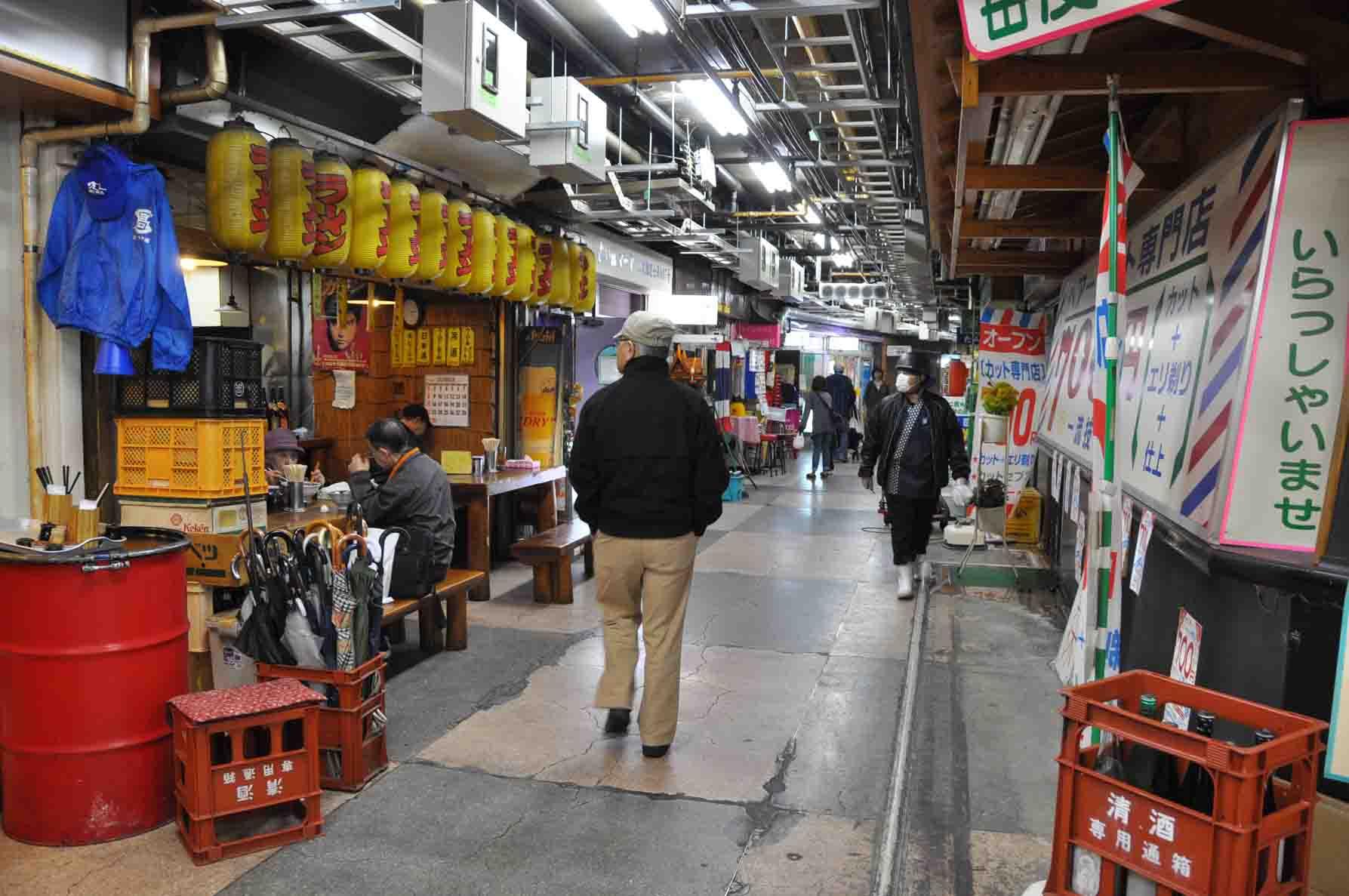 浅草地下商店街4