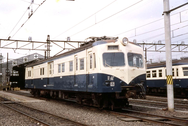 70APR15クモニ83