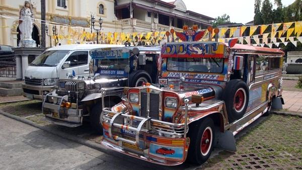 jeepney2s.jpg