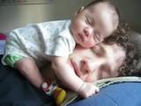 顔の上 赤ちゃん