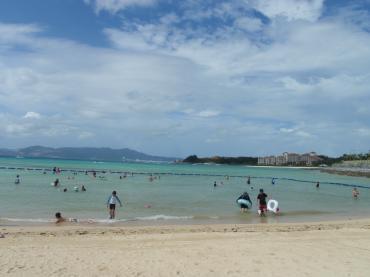 かりゆしビーチ