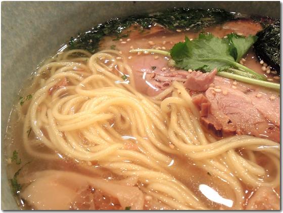 塩麺麺拡大