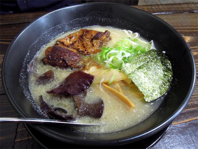 特濃豚骨しお(細麺)