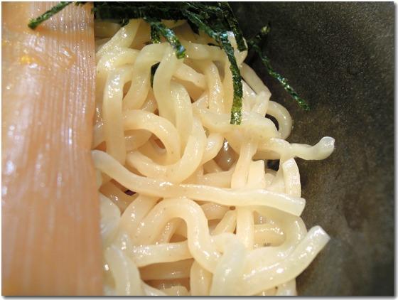 担々つけ麺 麺拡大