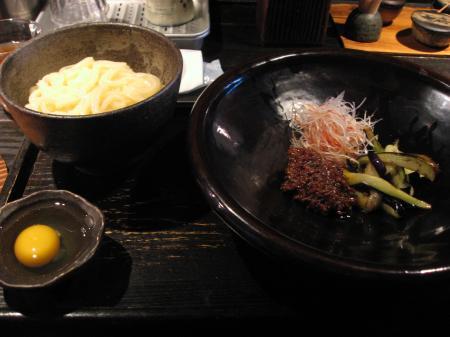 牛の旨辛味噌と茄子のあえ麺