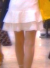 s04少女帰るミニスカ脚