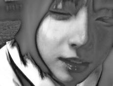 s09少女痛たたモノクロ