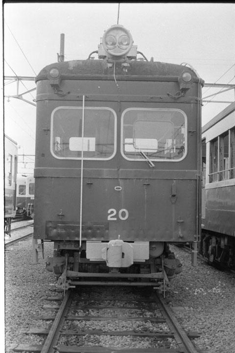 049 1977-08-05_02