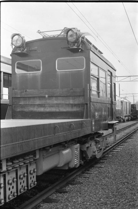 049 1977-08-05_31
