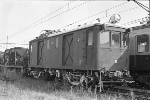 047 1977-08-05_18
