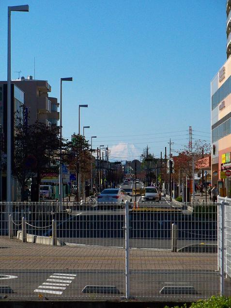 東武東上線の上福岡駅から見た富士山@ふじみ野市