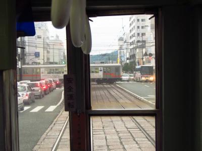 路面電車から見た踏切り待ち