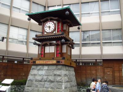放生園のカラクリ時計
