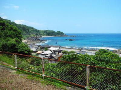 土佐白浜駅ホームから望む太平洋