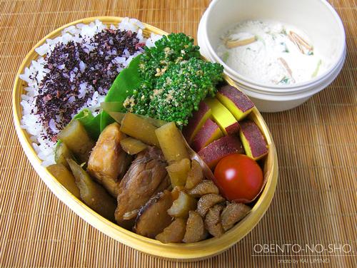 鰤とゴボウの煮物弁当01