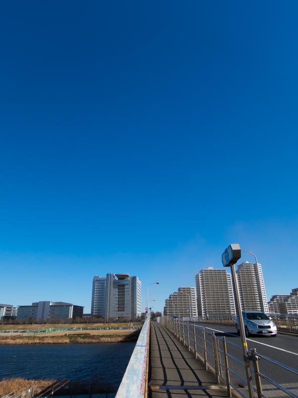 多摩川、ガス橋
