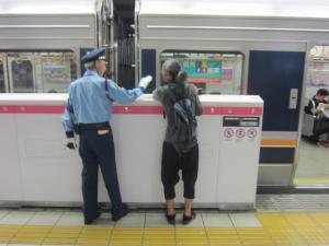 北新地駅2