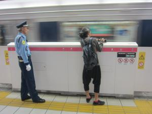 北新地駅3