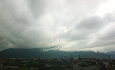 台風4号次の日