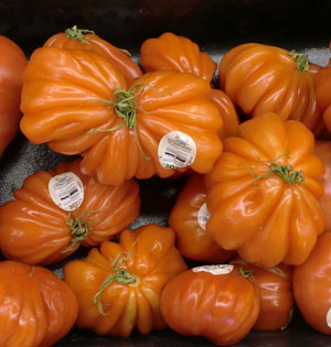 heirloomtomatoes2.jpg
