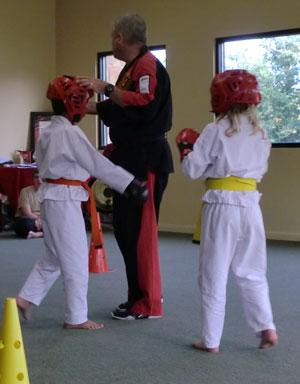 karate07161201.jpg