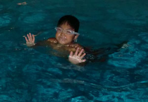 swim05271202.jpg