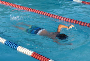 swim08011206.jpg