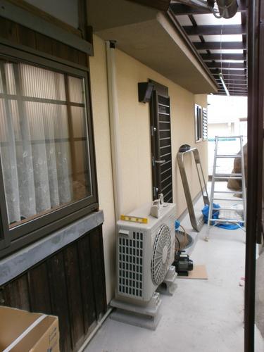 山口市阿知須 T様邸 日立ステンレスクリーン白くまくん RAS-SX56B2 新規取付工事
