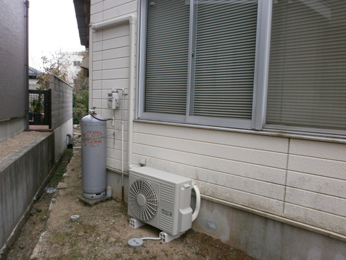 山口市阿知須 Y施設様 日立業務用エアコン(2,5馬力)新規取付工事