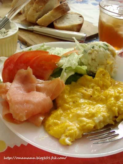 Lunch_2013091606432288b.jpg