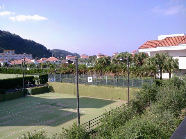 テニスコート伊王島