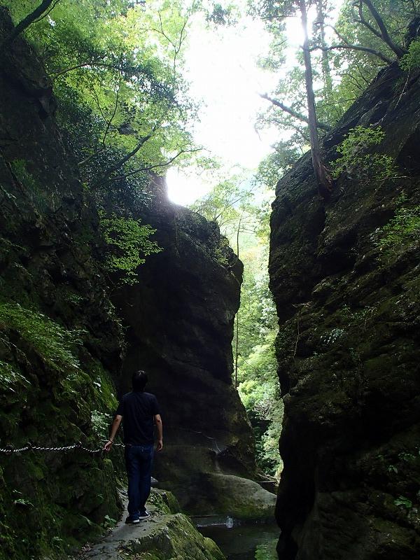 神岩石 (9)