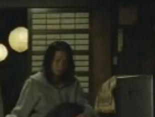 【小島可奈子】体をまさぐられて激しく悶える濡れ場