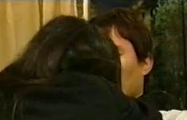 【丸純子】情熱的なキスをする濡れ場