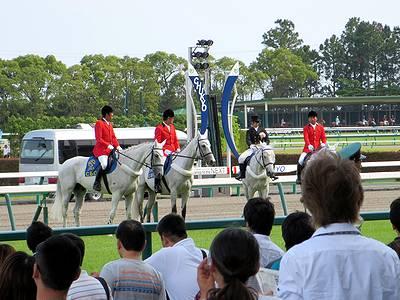 CBC賞の誘導馬
