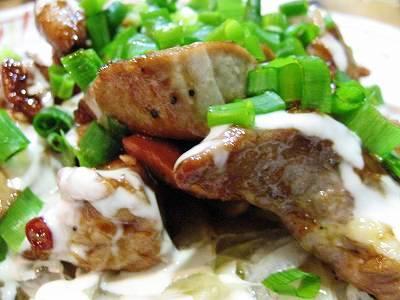 鮪のカルビ焼炒めサラダ風2