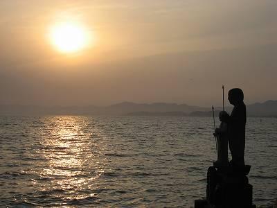 袖師地蔵と石灰地蔵、そして宍道湖の夕日