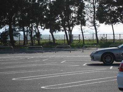 WINS米子の駐車場から中海を望む