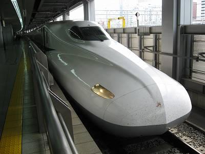 品川駅に到着したのぞみ156号
