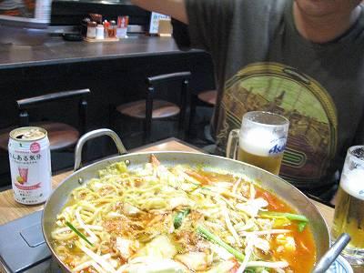 キムチちゃんぽん鍋を囲んで