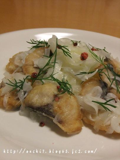 塩サバと新玉ねぎのマリネ2