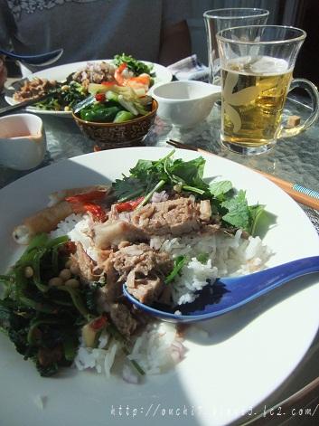 アジアン豚肉のっけ飯