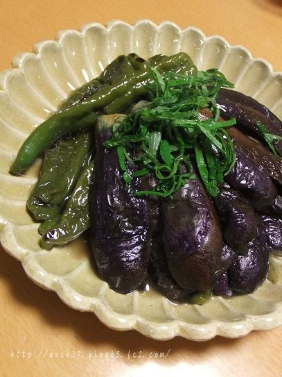 茄子と甘唐辛子のくたくた煮