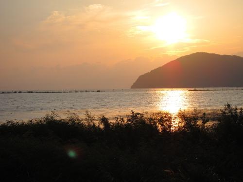 名古屋-敦賀ツーリング・琵琶湖と夕日1