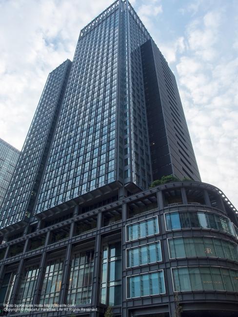 東京駅前黒いビル(新丸ビル) [A] SS1/80 F11.0 ISO200