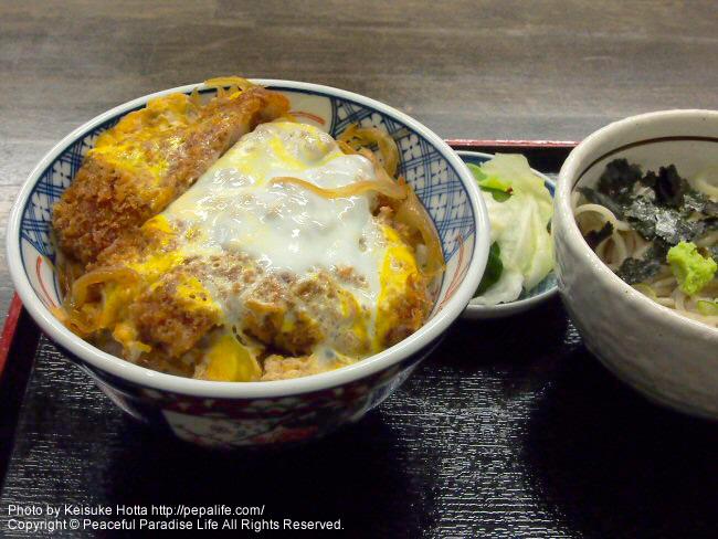 釜石はまゆり飲食店街もりのや、カツ丼