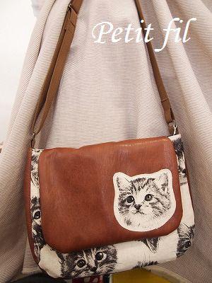 猫ショルダーバッグ 猫ワッペン ドット |Petit filのブログ